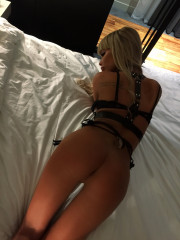 Photo escort girl Linda the best escort service