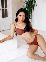 Photo escort girl Ailin the best escort service