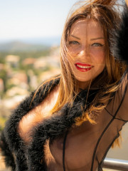 Photo escort girl Lola Mila the best escort service