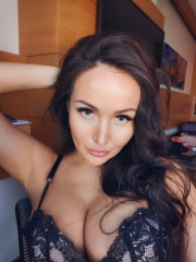 Photo escort girl Lia the best escort service