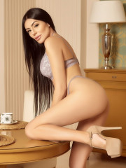 Photo escort girl ALEXA GDE the best escort service